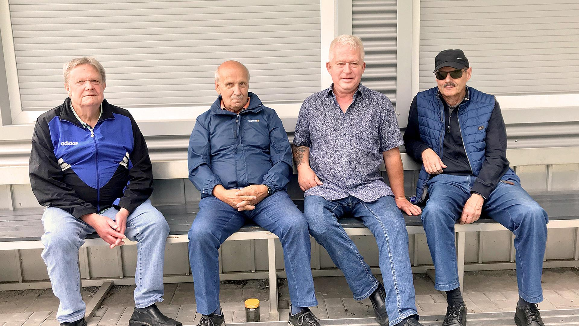 vier Männer Bank KSC