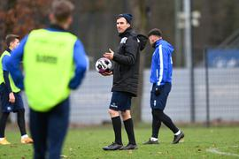 Trainer Christian Eichner (KSC) beim Training.  GES/ Fussball/ 2. Bundesliga: Karlsruher SC - Training, 28.12.2020  Football/Soccer: 2. Bundesliga: KSC Training, Karlsruhe, December 28, 2020