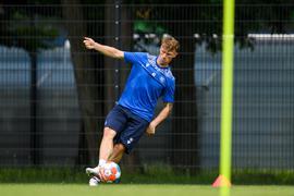 Marvin Pourie (KSC) am Ball. Einzelaktion, Freisteller  GES/ Fussball/ 2. Bundesliga: Karlsruher SC - Training, 24.06.2021  Football/Soccer: 2. Bundesliga: KSC Training, Karlsruhe, June 24, 2021
