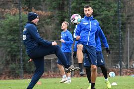 Co-Trainer Zlatan Bajramovic (KSC), Lukas Froede (KSC).  GES/ Fussball/ 2. Bundesliga: Karlsruher SC - Training,  03.12.2020  Football/Soccer: 2. Bundesliga:  KSC Trainingsession, Karlsruhe, December 03, 2020