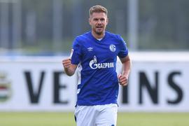 Vom HSV zu Schalke 04: Simon Terodde schickt sich in der neuen Saison an, Dieter Schatzschneider als Rekordtorschützen der Zweiten Liga abzulösen. Zwölf Tore fehlen ihm hierzu.