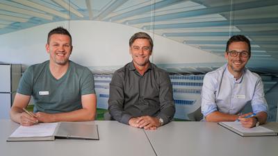 Drei Männer Fußball