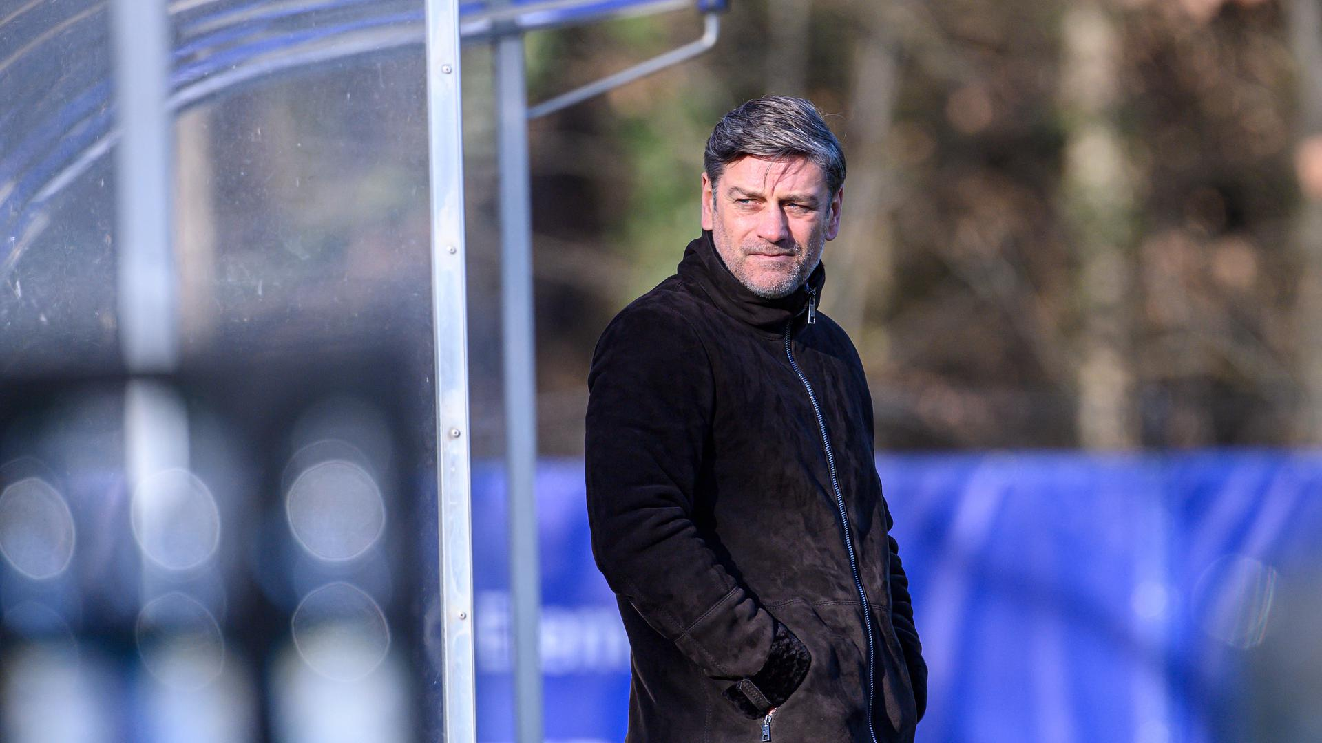 Noch nichts fix: Das sagt KSC-Sportchef Oliver Kreuzer zu Meldungen, wonach der Mittelfeldspieler Leon Jensen bereits für die kommende Saison von ihm verpflichtet worden sei.
