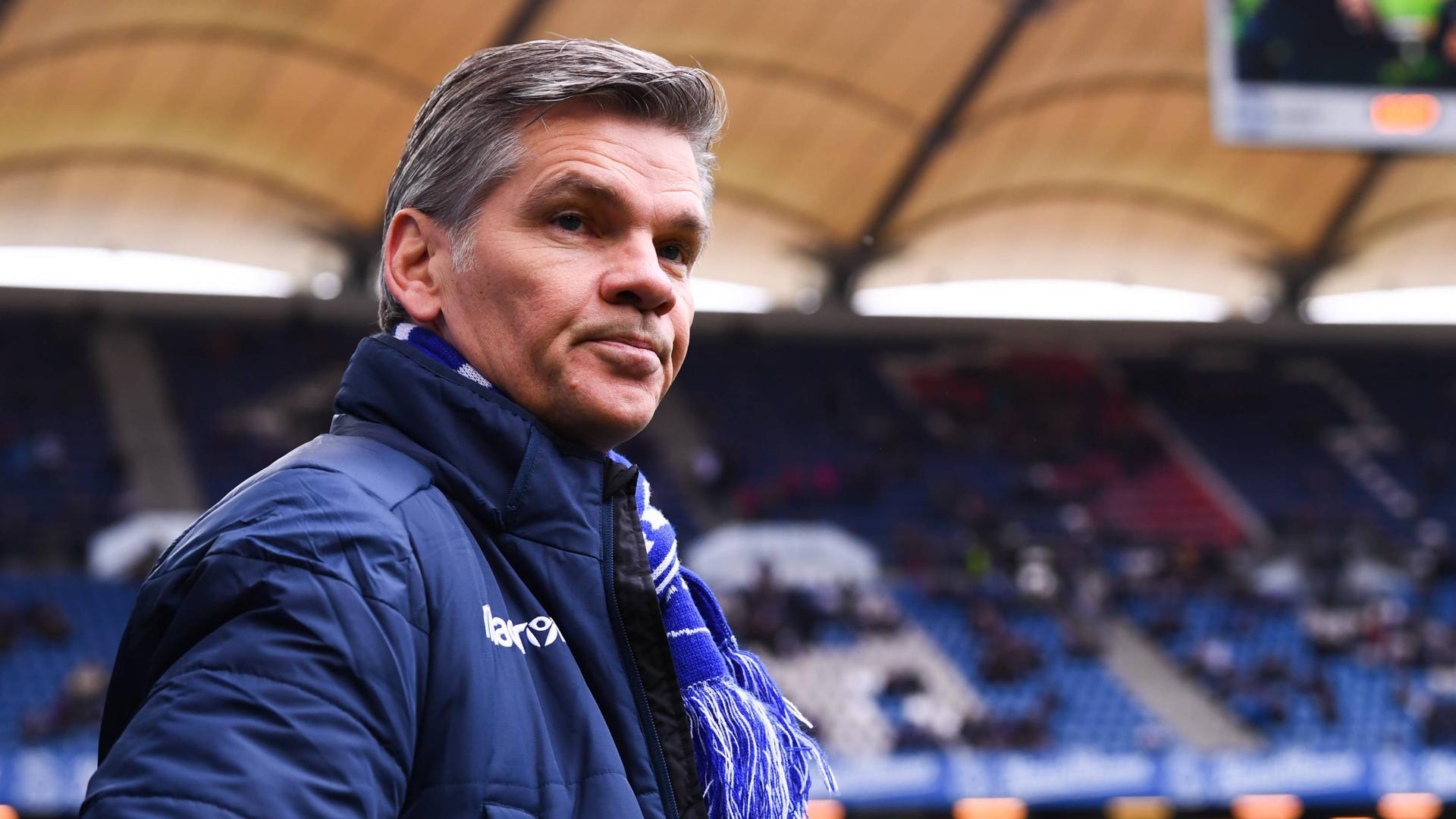 Den Rücktritt von Präsident Ingo Wellenreuther fordert ein Bündnis, das den KSC vor der Insolvenz bewahren will.