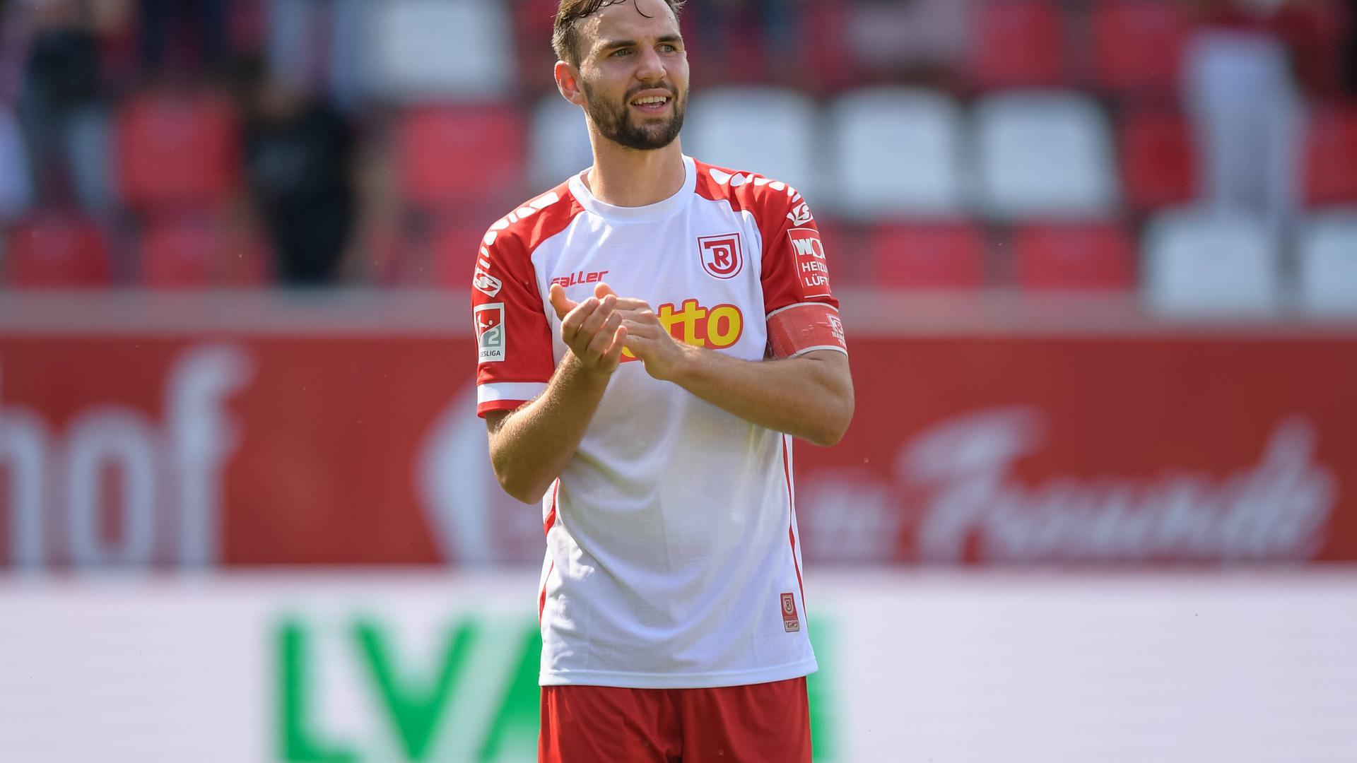 Jahn-Kapitän ist ein Badener: Benedikt Gimber ist beim Zweitliga-Spitzenreiter eine tragende Säule im defensiven Mittelfeld.