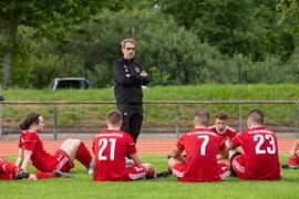 Motivator: Hambrückens Trainer Sakib Nadarevic stellt sein Team auf die Saison ein.