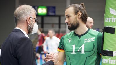 Volleyball-Bundesliga 2020/21, Play-off-Viertelfinale, Spiel 3: VfB Friedrichshafen gegen Bisons Bühl (3:1)