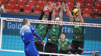 Volleyball Bundesliga - 2. Viertelfinal Playoff - VfB Friedrichshafen vs Volley Bisons Bühl am 13. März 2021 in der Zeppelin CAT Halle A1, 3:0