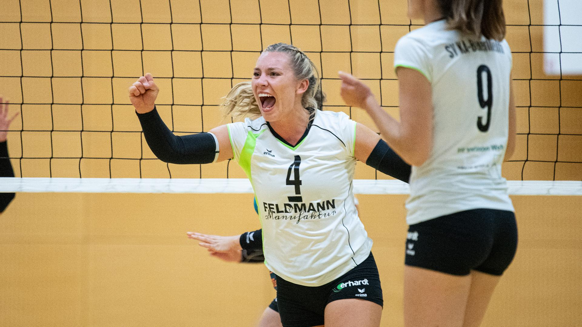 Kathrin Hahn (4/SVK) Jubel.  GES/ Volleyball / Frauen 3.Liga: SV KA-Beiertheim - SSC Freisen, 19.09.2020