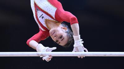 Leah Griesser (Deutschland/KRK/ Karlsruhe) am Stufenbarren.  GES/ Turnen/ Turn-WM in Doha, Qualifikation, 27.10.2018 --  GES/ Artistic Gymnastics/ Gymnastics World Championships: 27.10.2018 --