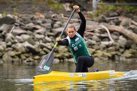 Sophie Koch, Aktion, Training im Boot.  GES/ Kanu-Rennsport/ Rheinbrueder Karlsruhe, Fototermin, 17.04.2019