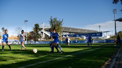 KSC-Frauen im DFB-Pokalspiel gegen Eintracht Frankfurt