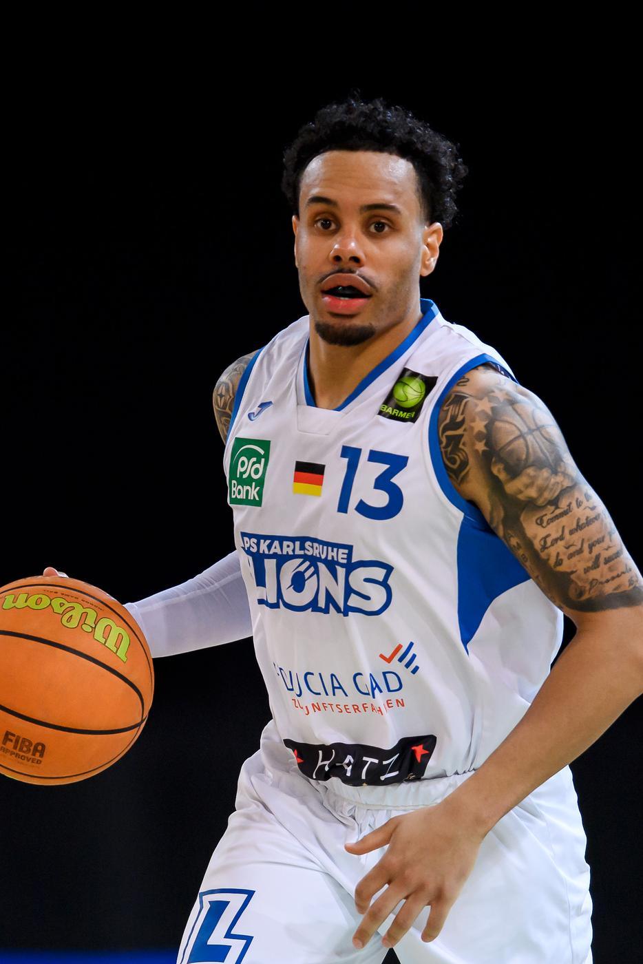 Daniel Alexander Norl (Lions) Einzelaktion, Freisteller.  GES/ Basketball/ ProA: PSK Lions - Gladiators Trier, 05.04.2021 --