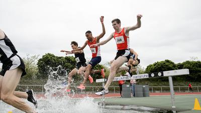 Florian Zittel (LG Region Karlsruhe, 325, Mitte) 3000m Hindernis Maenner.  GES/ Leichtathletik/ Lange Laufnacht Karlsruhe, 15.05.2021