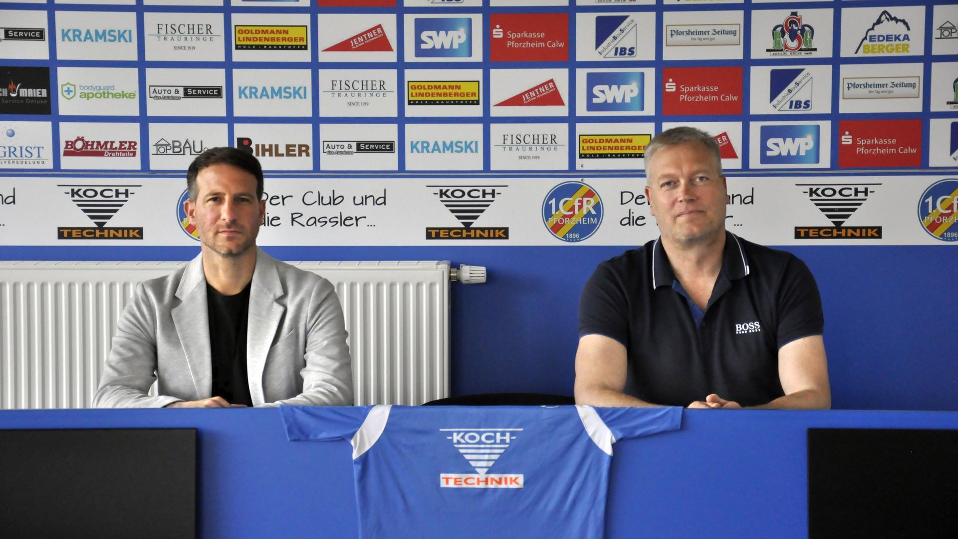 Fiebern der neuen Runde entgegen: Giuseppe Ricciardi (links) und Torsten Heinemann haben den Kader des Fußball-Oberligisten 1. CfR Pforzheim noch einmal verstärkt.