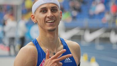 Leichtathletik: Deutsche Meisterschaft, 400m Hürden, Männer: Constantin Preis freut sich im Ziel. +++ dpa-Bildfunk +++