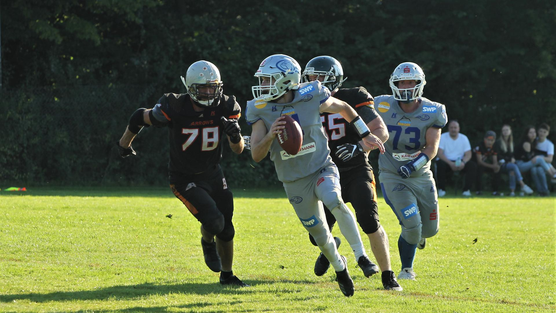 Nicht aufzuhalten: Quarterback Andrew Mintz strebt mit den Wilddogs nach dem Aufstieg.