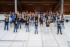 Die Mannschaft des SV Langensteinbach jubelt ueber den Aufstieg in die Landesliga.  GES/ Fussball/ Landesliga: SV Langensteinbach, Aufstieg,  20.06.2020