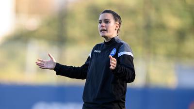 Trainerin Romina Konrad (KSC-Frauen).   GES/ Fussball/ DFB-Pokal der Frauen/ Karlsruher Sport-Club - Eintracht Frankfurt, 31.10.2020  Women German Cup: Karlsruhe vs. Frankfurt, October 31, 2020.