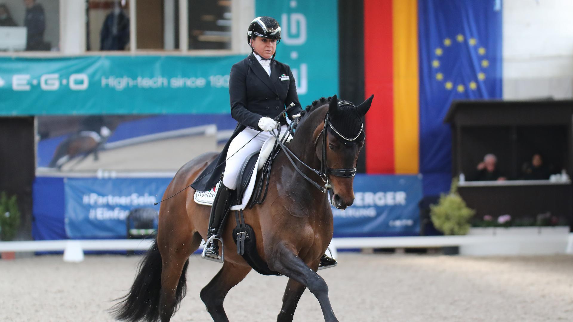 Schneider Dorothee_Sister Act_1. Preis Kraus-Apotheken_Olympiasiegerin Rio Mannschaftsgold019