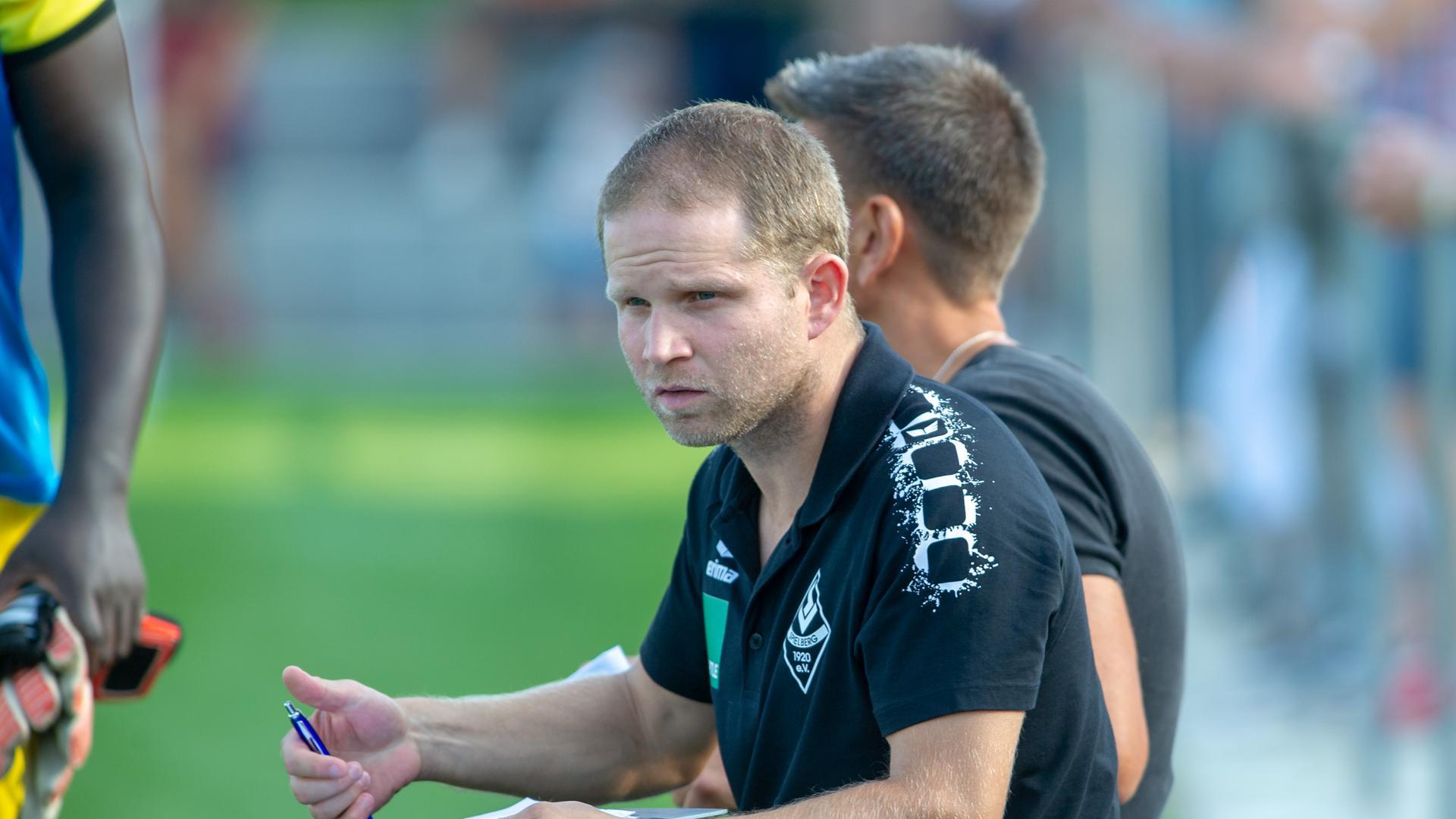 Trainer Spielberg:  Sebastian Weber.  GES/ Fussball/ Verbandsliga: SV Spielberg - Spvvg Durlach Aue 24.08.2019
