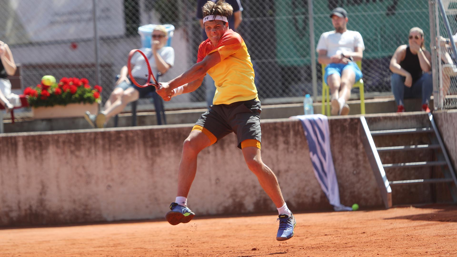 Zahraj, Patrick Wiesbadener THC_Goldstadtpokal Halbfinale2