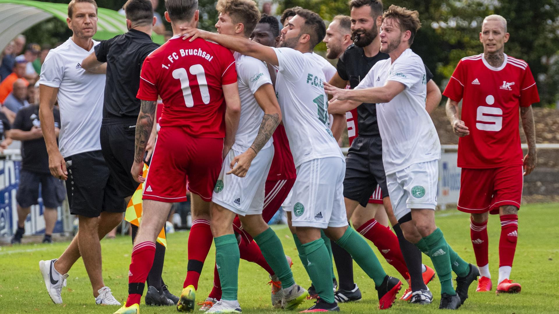 FC Kirrlach gegen 1. FC Bruchsal, Rudelbildung
