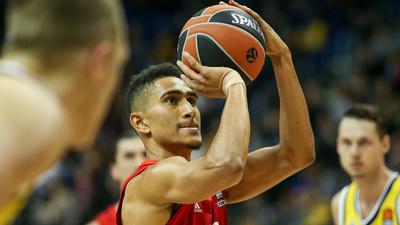 Wirft künftig für Alba Berlin auf den Korb: Basketball-Nationalspieler Maodo Lo.