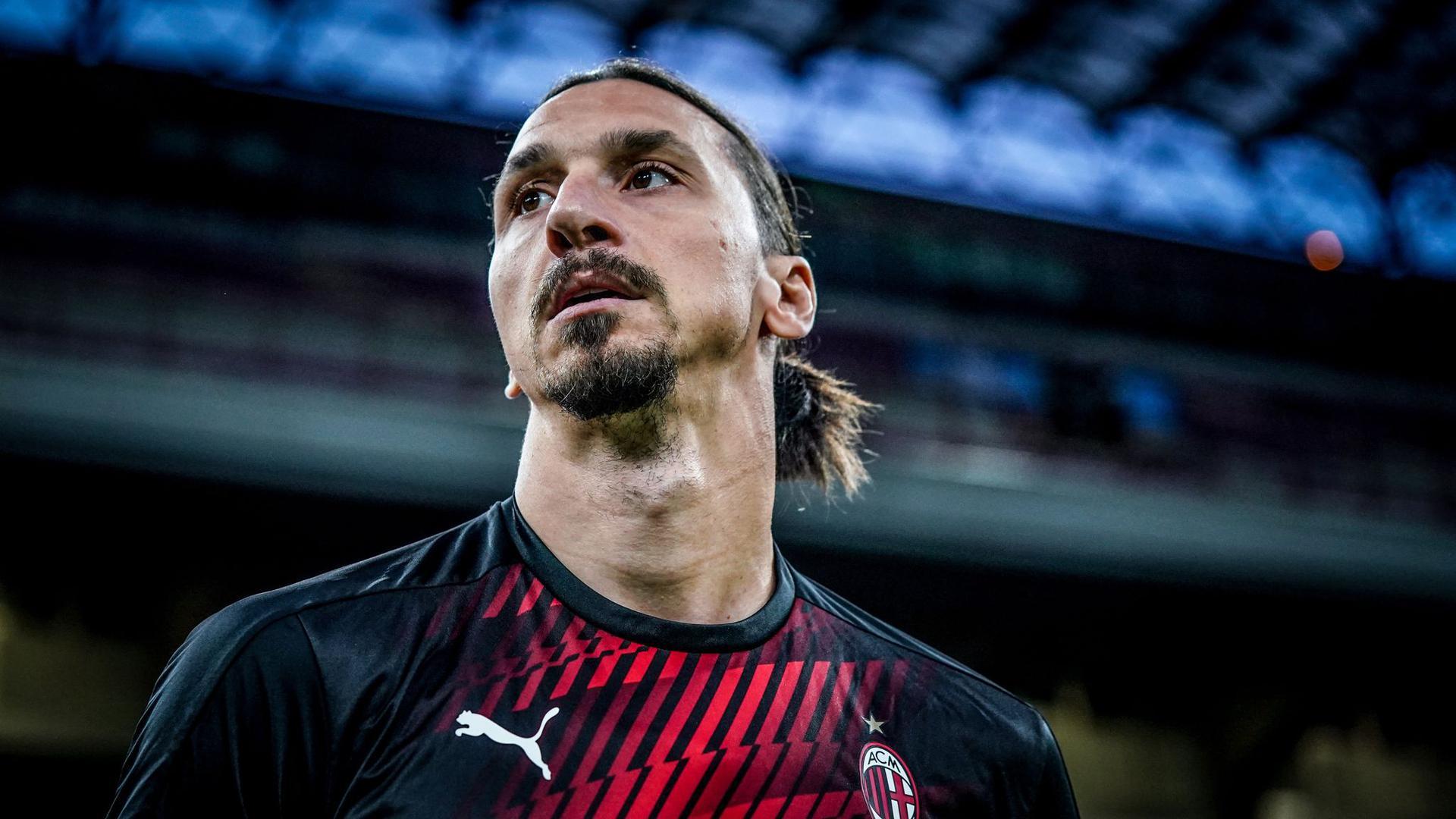 Der schwedische Stürmerstar Zlatan Ibrahimovic wurde positiv auf das Coronavirus getestet.