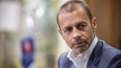 Die UEFA um Präsident Aleksander Ceferin spielt verschiedene Szenarien für die EM 2021 durch.