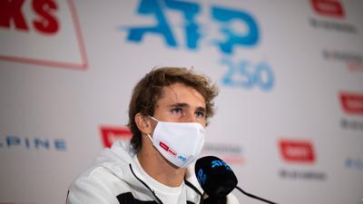 Alexander Zverev auf der Pressekonferenz nach seinem Turniersieg.