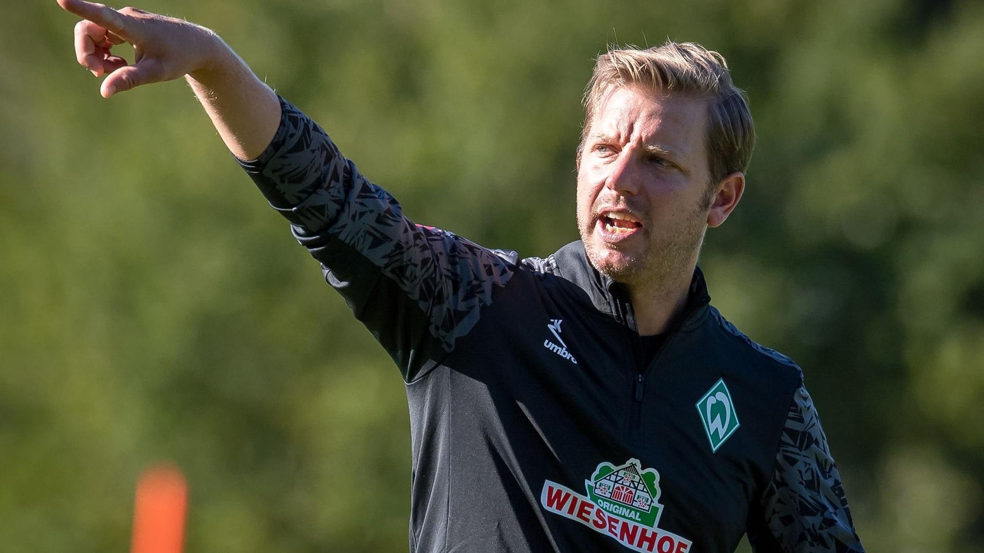Sieht die Fitness seiner Spieler als Vorteil gegenüber dem VfL Wolfsburg an: Werder Bremens Trainer Florian Kohfeldt.