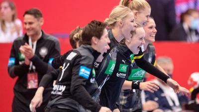 Die DHB-Frauen hatten das Auftaktspiel bei der EM mit 22:19 gegen Rumänien gewonnen.