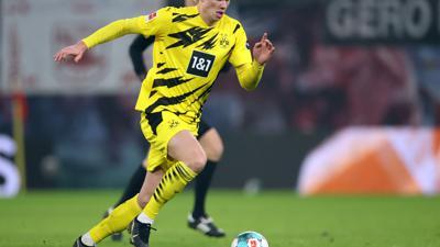 Der FC Chelsea soll an BVB-Stürmer Erling Haaland interessiert sein.