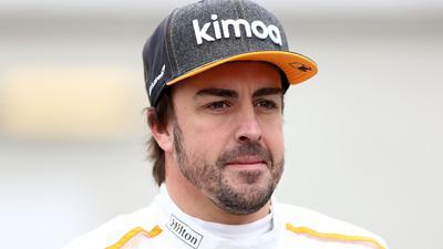 Der spanische Formel-1-Pilot Fernando Alonso hatte einen Fahrrad-Unfall.