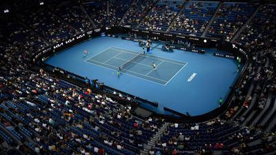 Zuschauer bei den Australian Open - in den nächsten fünf Tagen müssen Fans vor dem Fernseher mitfiebern.