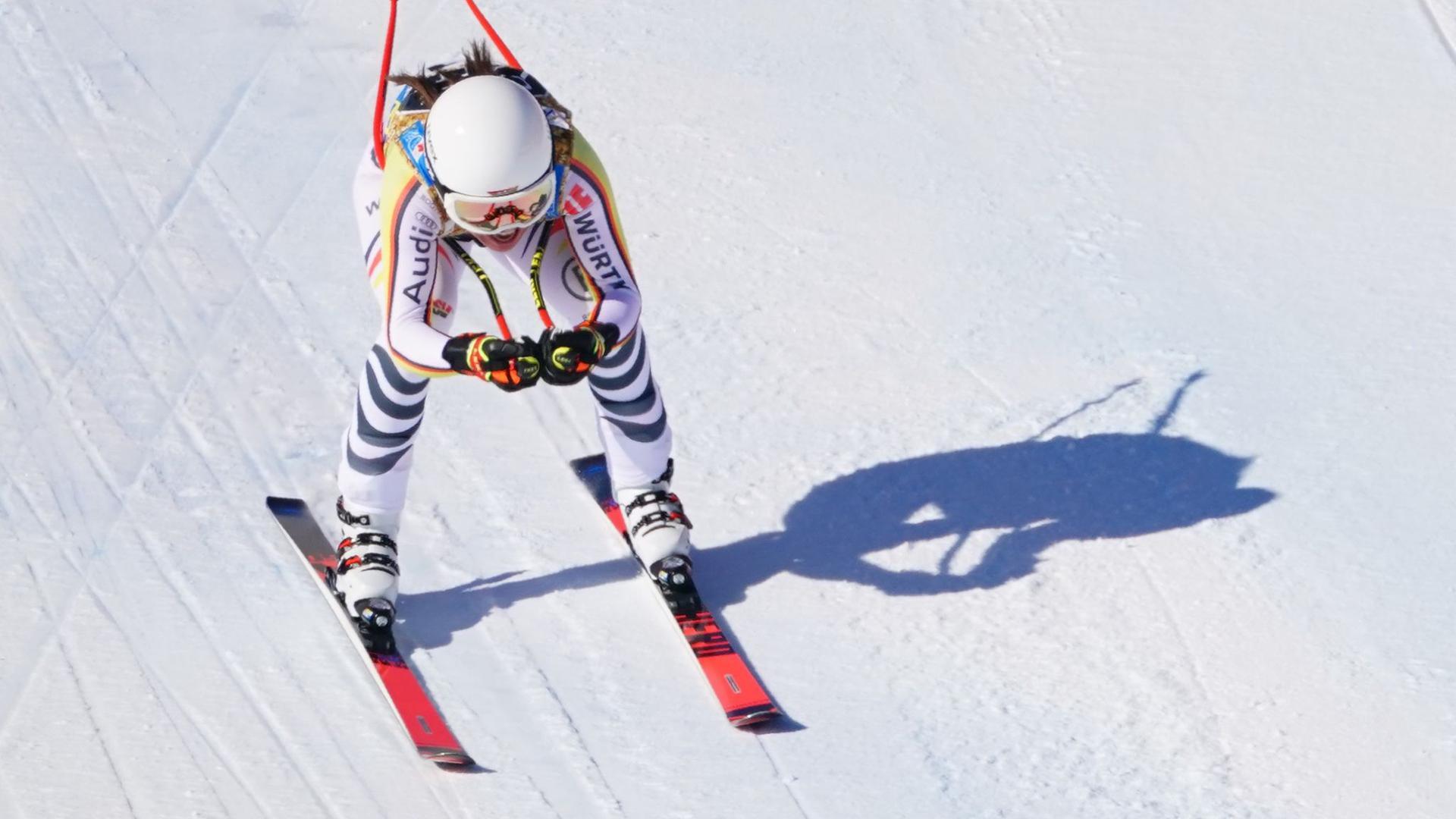 Kira Weidle fuhr bei der Weltcup-Abfahrt in Italien auf den vierten Platz.