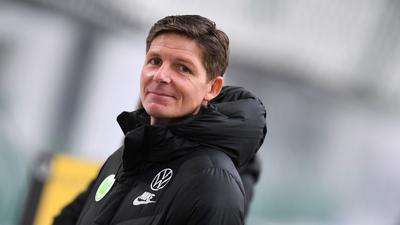 Will mit Wolfsburg über Leipzig ins Pokal-Halbfinale: VfL-Coach Oliver Glasner.
