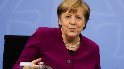 Kanzlerin Angela Merkel verkündet eine schrittweise Öffnung für den Sport in Deutschland.