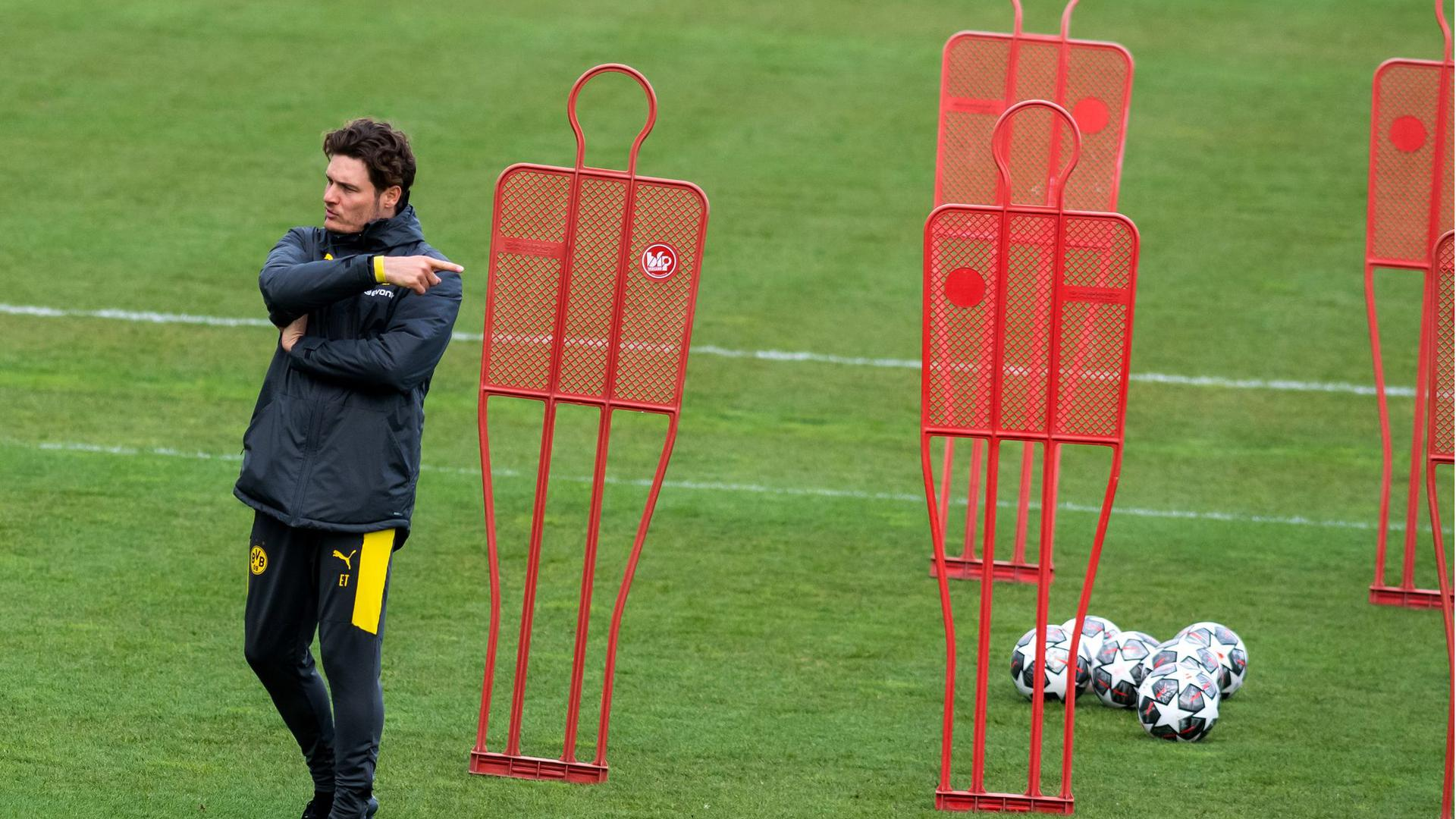 Kann gegen Manchester City auf Mats Hummels, Marco Reus und Jude Bellingham bauen: Trainer Edin Terzic.