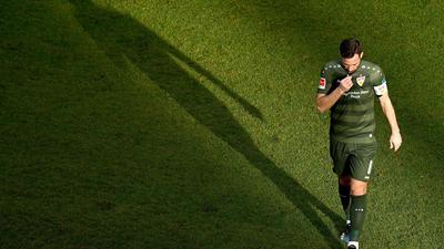 Gonzalo Castro verlässt den Platz.