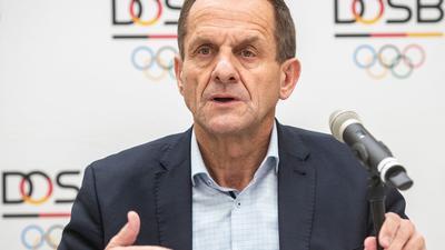Alfons Hörmann fürchtet durch die Bundesnotbremse in der Corona-Krise weitere schwere Folgen für den Sport.