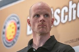 Bereitet die DEB-Auswahl auf die Eishockey-WMin Riga vor: Bundestrainer Toni Söderholm.