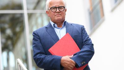 Fritz Keller entschuldigte sich nochmals nach seiner Entgleisung, schloss einen Rücktritt aber aus.