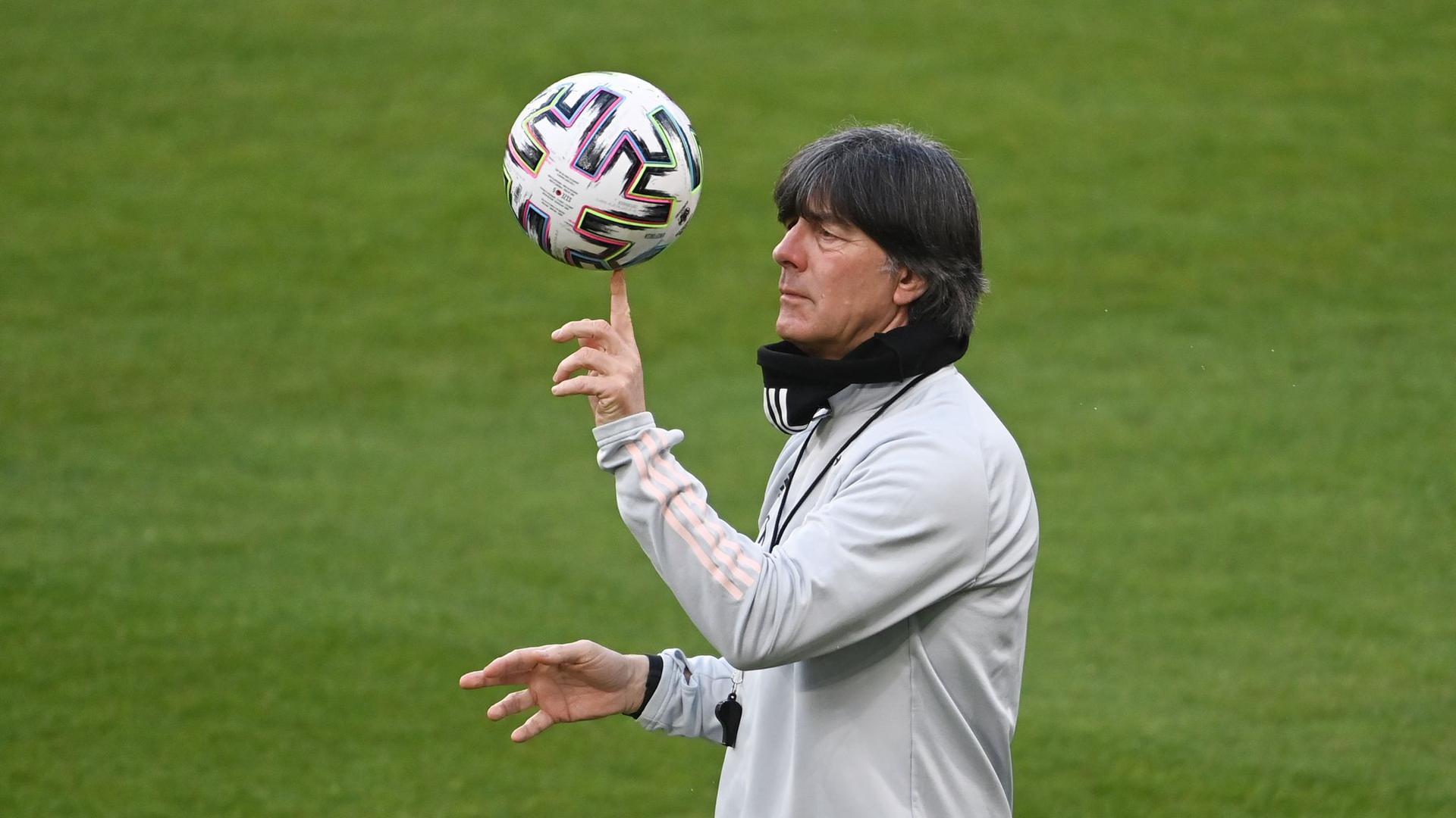 Wen nimmt Bundestrainer Joachim Löw mit zur EM?