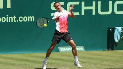 Kohlschreiber musste sich im Viertelfinale von Halle dem Russen Andrej Rubljow mit 6:7 (4:7), 2:6 geschlagen geben.
