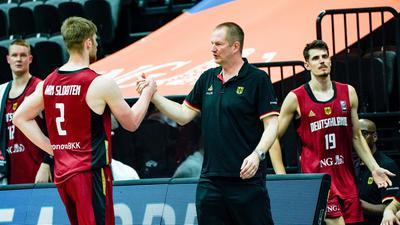 Das Team von Trainer Henrik Rödl (M) tankte beim Supercup Selbstvertrauen.