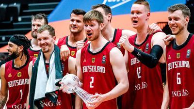 Die deutschen Basketballer gewannen in Hamburg den Supercup.