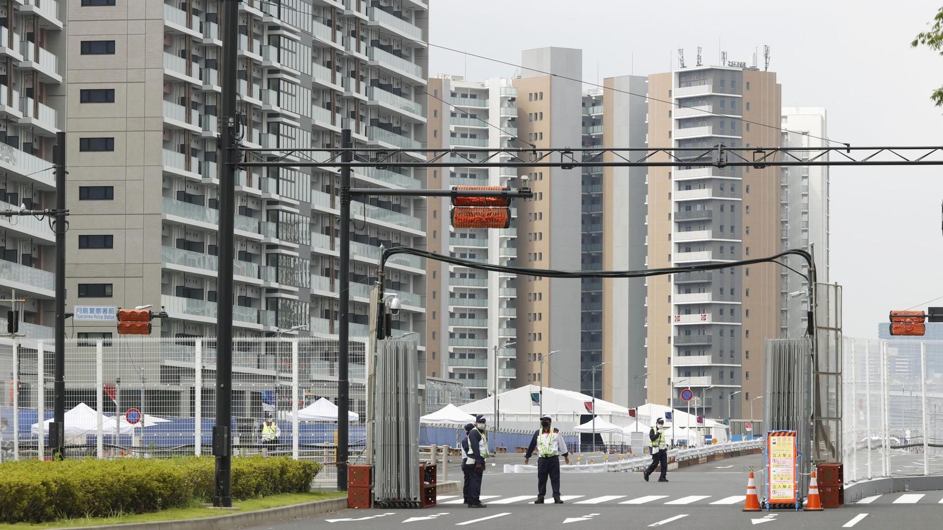 Das Athletendorf für die Olympischen Spiele in Tokio steht im Hafenviertel Harumi.