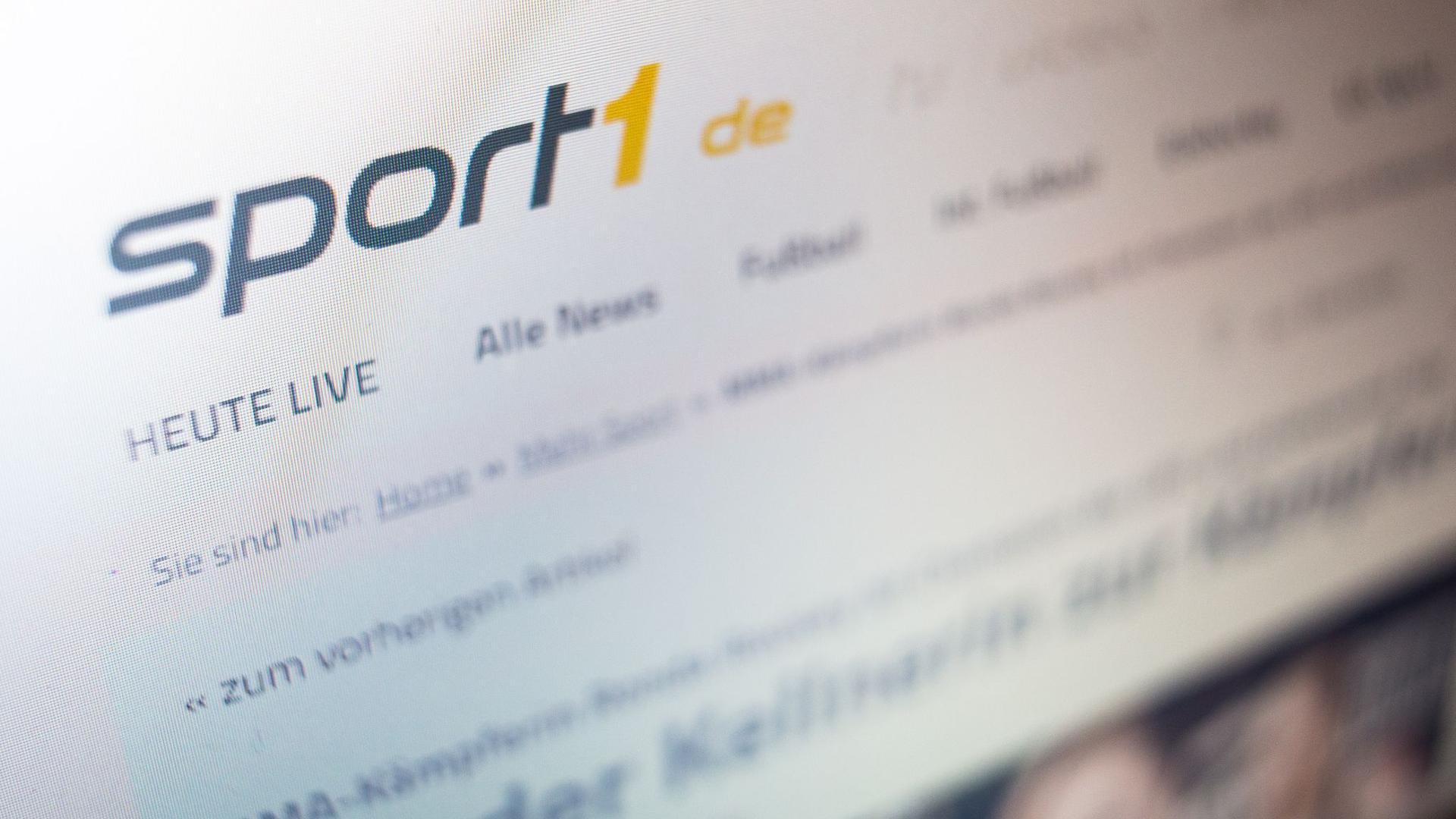 Das Logo des TV-Senders Sport1 auf der Website.
